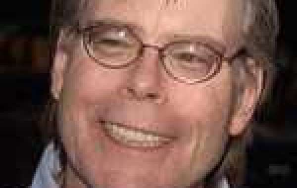 After 60 rejections Stephen King made his first sale (read his short story)
